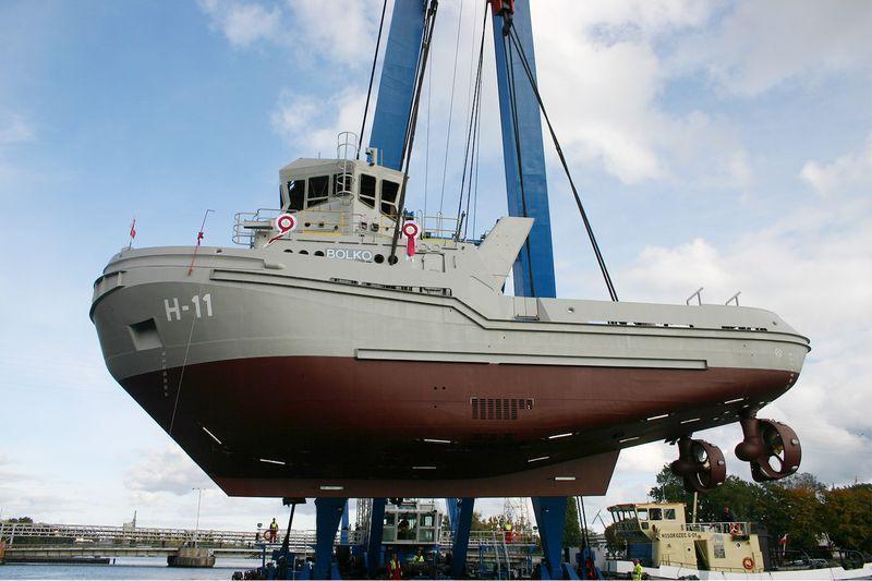 B860 Bolko tugboat 1
