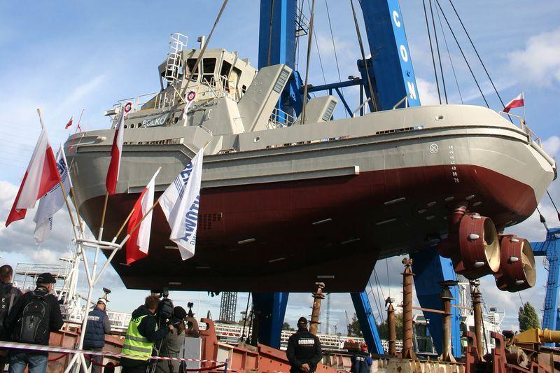 B860 Bolko tugboat 10