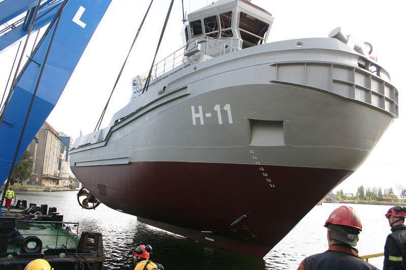B860 Bolko tugboat 2