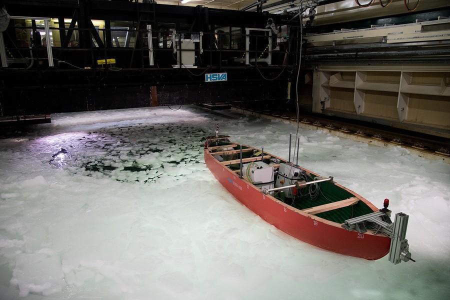 Icebreaker LL 4