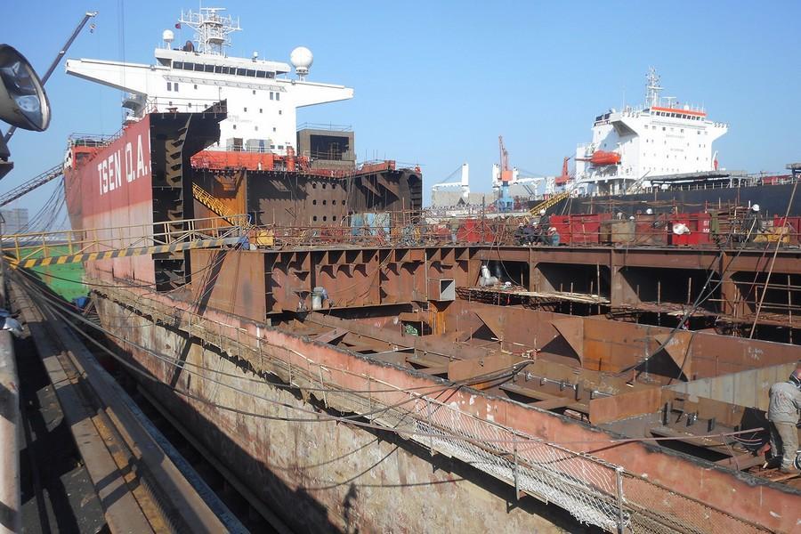 Albatross vessel 2